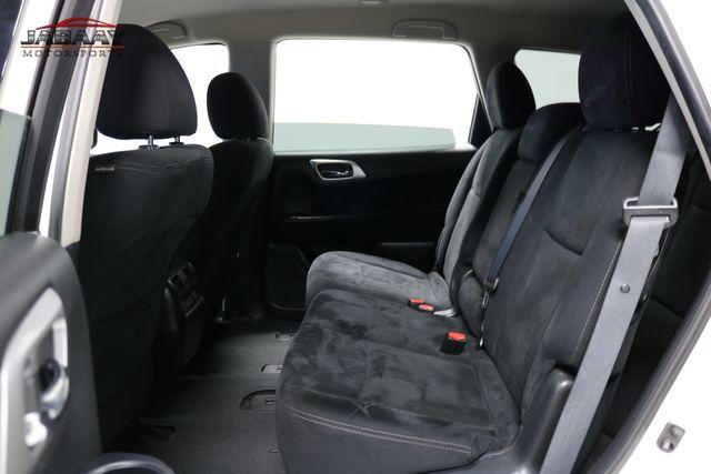 2015 Nissan Pathfinder SV Merrillville, Indiana 12