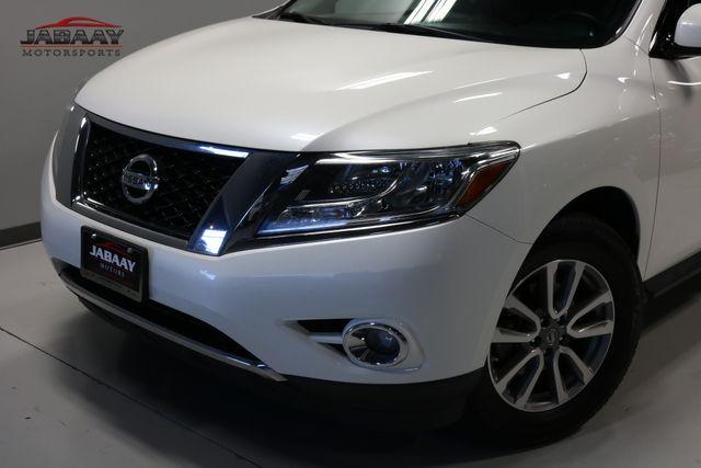 2015 Nissan Pathfinder SV Merrillville, Indiana 29