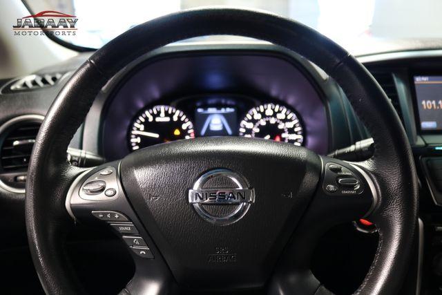 2015 Nissan Pathfinder SV Merrillville, Indiana 18