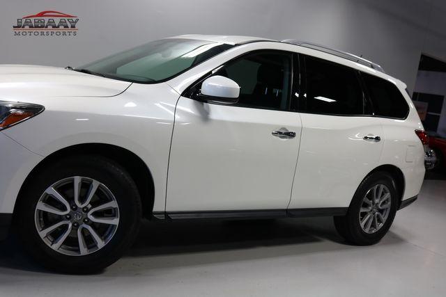 2015 Nissan Pathfinder SV Merrillville, Indiana 30