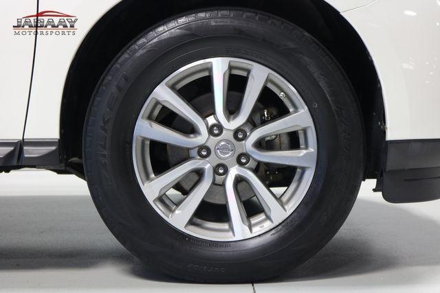 2015 Nissan Pathfinder SV Merrillville, Indiana 46