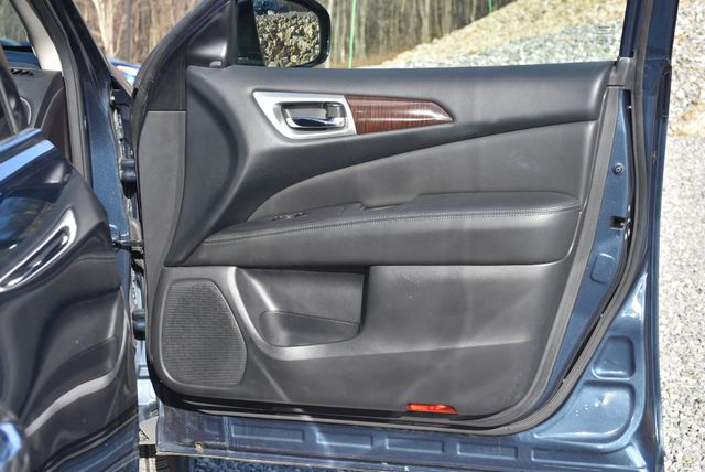 2015 Nissan Pathfinder SL Naugatuck, Connecticut 10