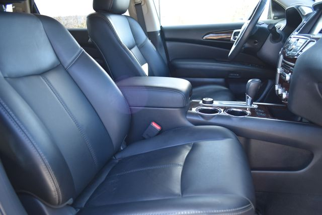 2015 Nissan Pathfinder SL Naugatuck, Connecticut 9