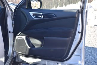 2015 Nissan Pathfinder SV Naugatuck, Connecticut 10