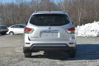 2015 Nissan Pathfinder SV Naugatuck, Connecticut 3