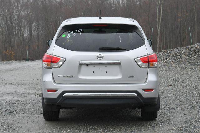 2015 Nissan Pathfinder S Naugatuck, Connecticut 3