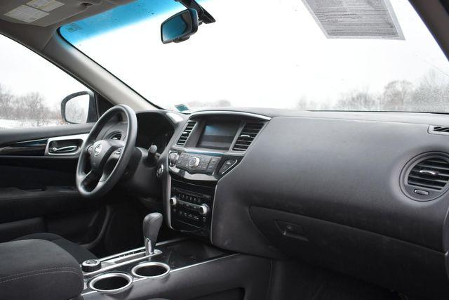 2015 Nissan Pathfinder S Naugatuck, Connecticut 8