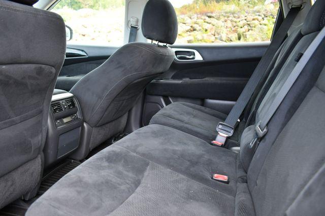 2015 Nissan Pathfinder SV Naugatuck, Connecticut 16