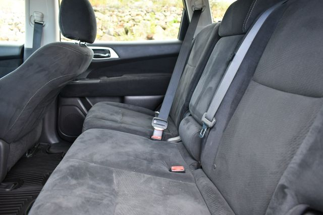 2015 Nissan Pathfinder SV Naugatuck, Connecticut 17