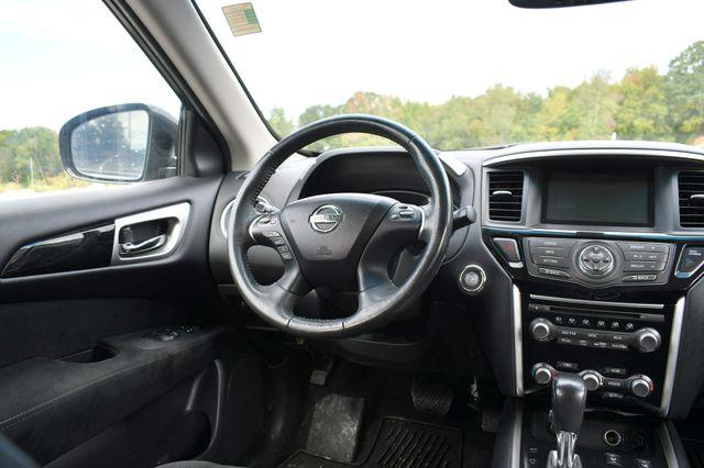 2015 Nissan Pathfinder SV Naugatuck, Connecticut 18