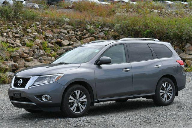 2015 Nissan Pathfinder SV Naugatuck, Connecticut 2