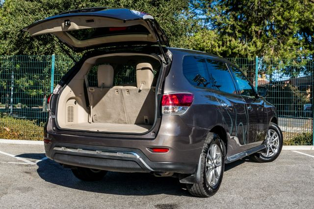 2015 Nissan Pathfinder S Reseda, CA 11