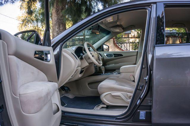 2015 Nissan Pathfinder S Reseda, CA 13