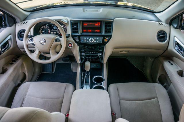 2015 Nissan Pathfinder S Reseda, CA 18