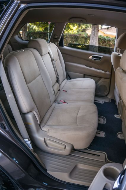 2015 Nissan Pathfinder S Reseda, CA 32