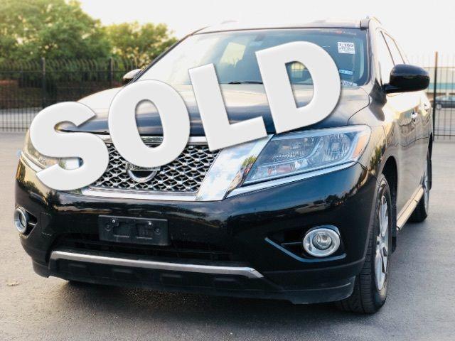 2015 Nissan Pathfinder SV in San Antonio, TX 78233