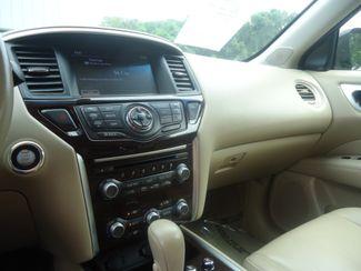 2015 Nissan Pathfinder Platinum 4X4 ENTERTAINMENT. NAVI. PANO. TOW SEFFNER, Florida 44