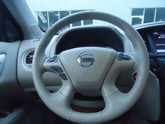 2015 Nissan Pathfinder SL 4X4. PANORAMA. NAVI. TOW PKG SEFFNER, Florida 28