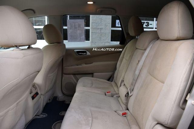 2015 Nissan Pathfinder SV Waterbury, Connecticut 15