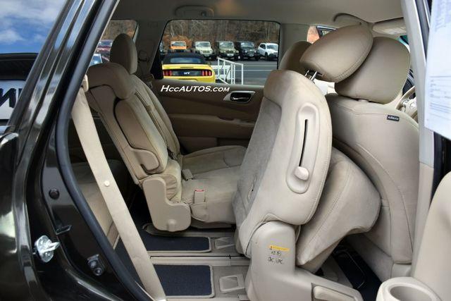 2015 Nissan Pathfinder SV Waterbury, Connecticut 20