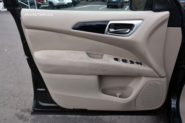 2015 Nissan Pathfinder SV Waterbury, Connecticut 27