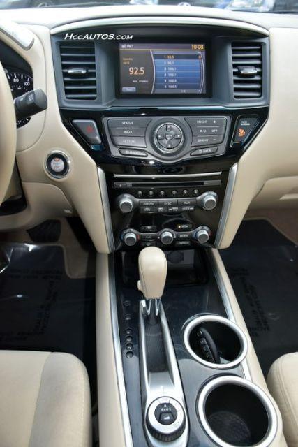 2015 Nissan Pathfinder SV Waterbury, Connecticut 31
