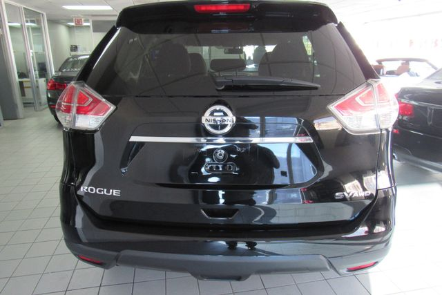 2015 Nissan Rogue SV Chicago, Illinois 3