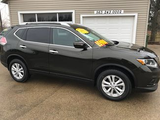2015 Nissan Rogue SV in Clinton, IA 52732