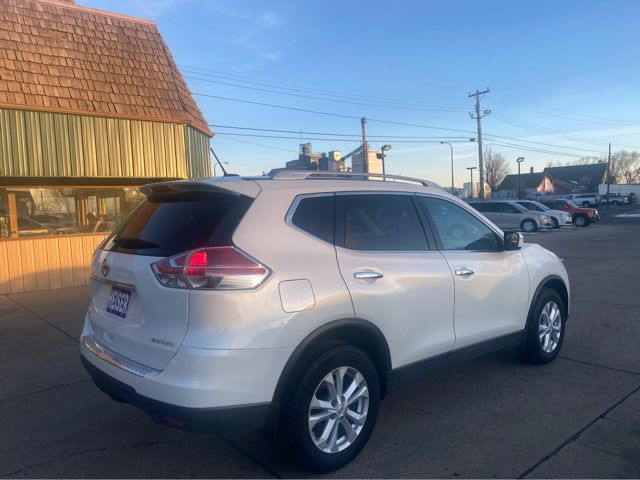 2015 Nissan Rogue SV in Dickinson, ND 58601