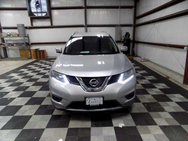 2015 Nissan Rogue SV in Gonzales, Louisiana 70737