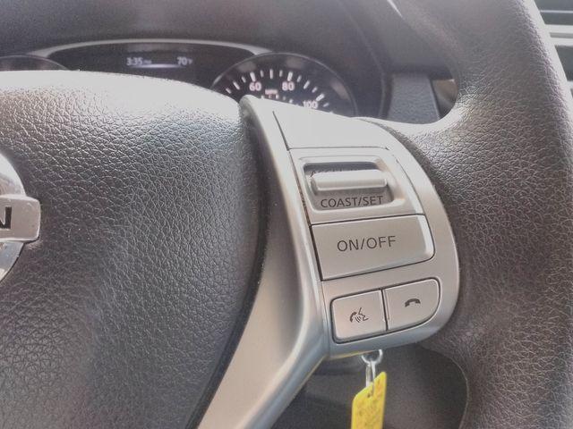 2015 Nissan Rogue S Houston, Mississippi 18