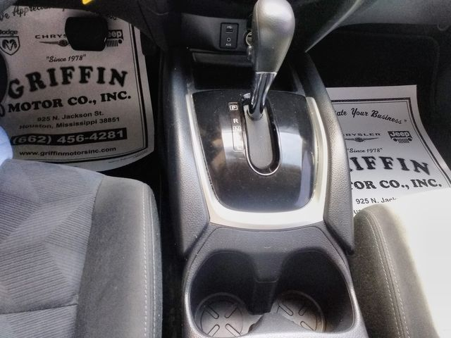 2015 Nissan Rogue S Houston, Mississippi 19