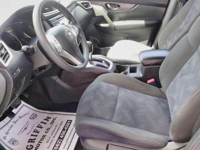 2015 Nissan Rogue S Houston, Mississippi 7