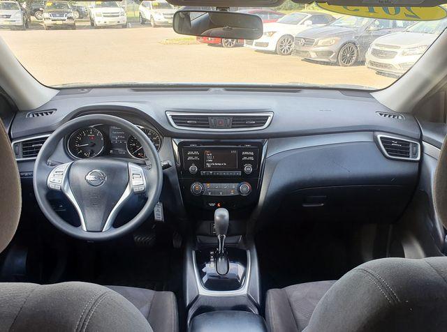 2015 Nissan Rogue S AWD in Louisville, TN 37777