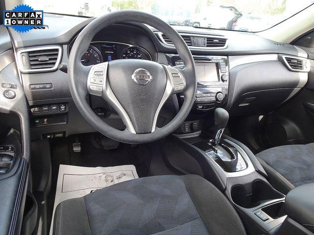 2015 Nissan Rogue SV Madison, NC 38