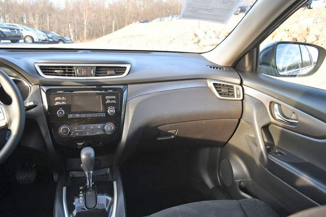 2015 Nissan Rogue S Naugatuck, Connecticut 17