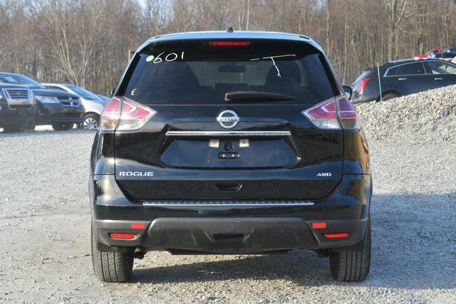 2015 Nissan Rogue S Naugatuck, Connecticut 3