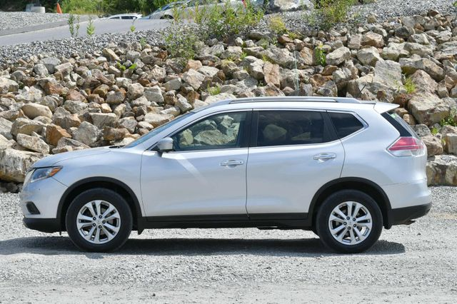 2015 Nissan Rogue SV Naugatuck, Connecticut 1