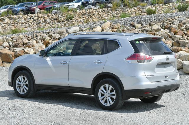 2015 Nissan Rogue SV Naugatuck, Connecticut 2