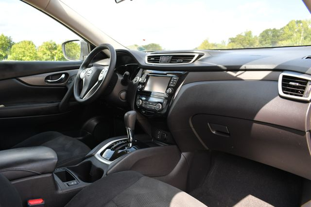 2015 Nissan Rogue SV Naugatuck, Connecticut 8
