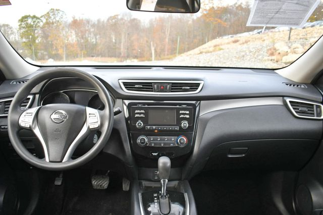 2015 Nissan Rogue S Naugatuck, Connecticut 17