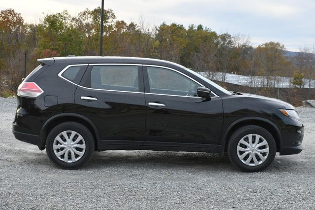 2015 Nissan Rogue S Naugatuck, Connecticut 5