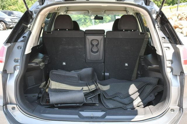 2015 Nissan Rogue SV AWD Naugatuck, Connecticut 12