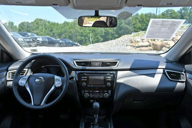 2015 Nissan Rogue SV AWD Naugatuck, Connecticut 13