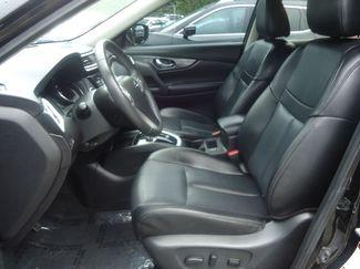 2015 Nissan Rogue SL PREM PKG. PANORAMIC. NAVI. BOSE. 360 CAM SEFFNER, Florida 3