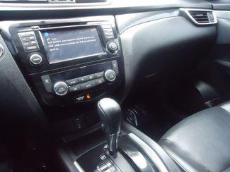 2015 Nissan Rogue SL PREM PKG. PANORAMIC. NAVI. BOSE. 360 CAM SEFFNER, Florida 35