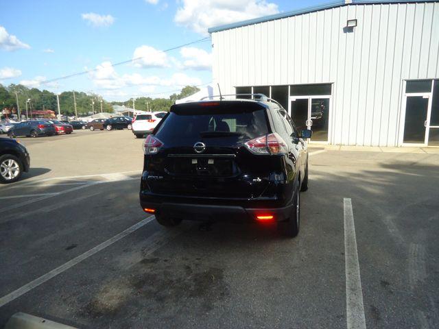 2015 Nissan Rogue SV PREM PKG. NAVI. PWR LIFT GATE. 360 CAM. BLIND S SEFFNER, Florida 16