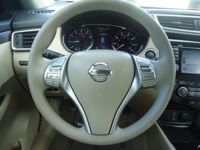 2015 Nissan Rogue SV PREM PKG. NAVI. PWR LIFT GATE. 360 CAM. BLIND S SEFFNER, Florida 28