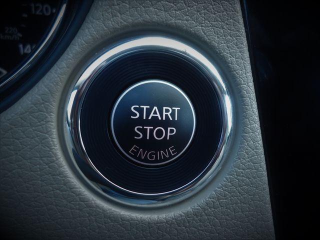 2015 Nissan Rogue SV PREM PKG. NAVI. PWR LIFT GATE. 360 CAM. BLIND S SEFFNER, Florida 33