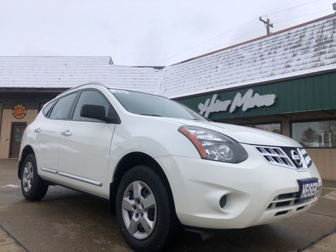 2015 Nissan Rogue Select S in Dickinson, ND
